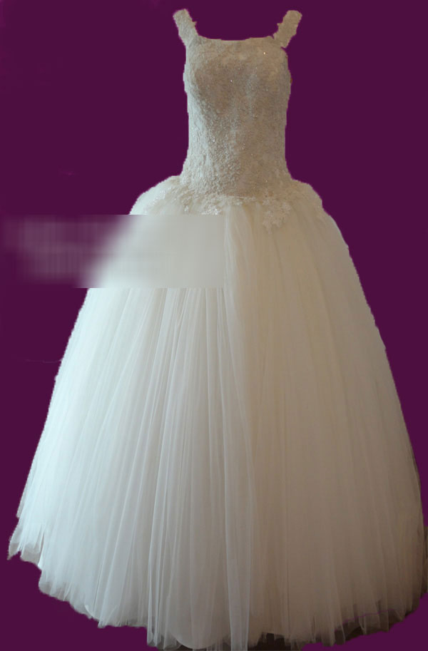 مرکز دوخت لباس عروس در کرج,اجاره لباس عروس در کرج,لباس عروس کرایه کرج مزون لباس عروس,مزون عروس در کرج